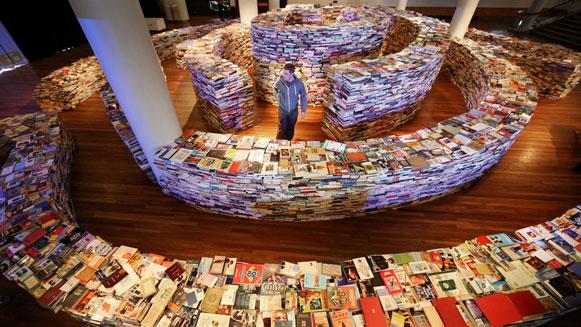 Labirinto-de-livros-bem-legaus-3