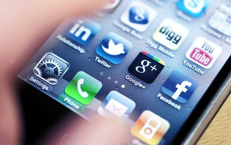 smartphone_redes_sociais