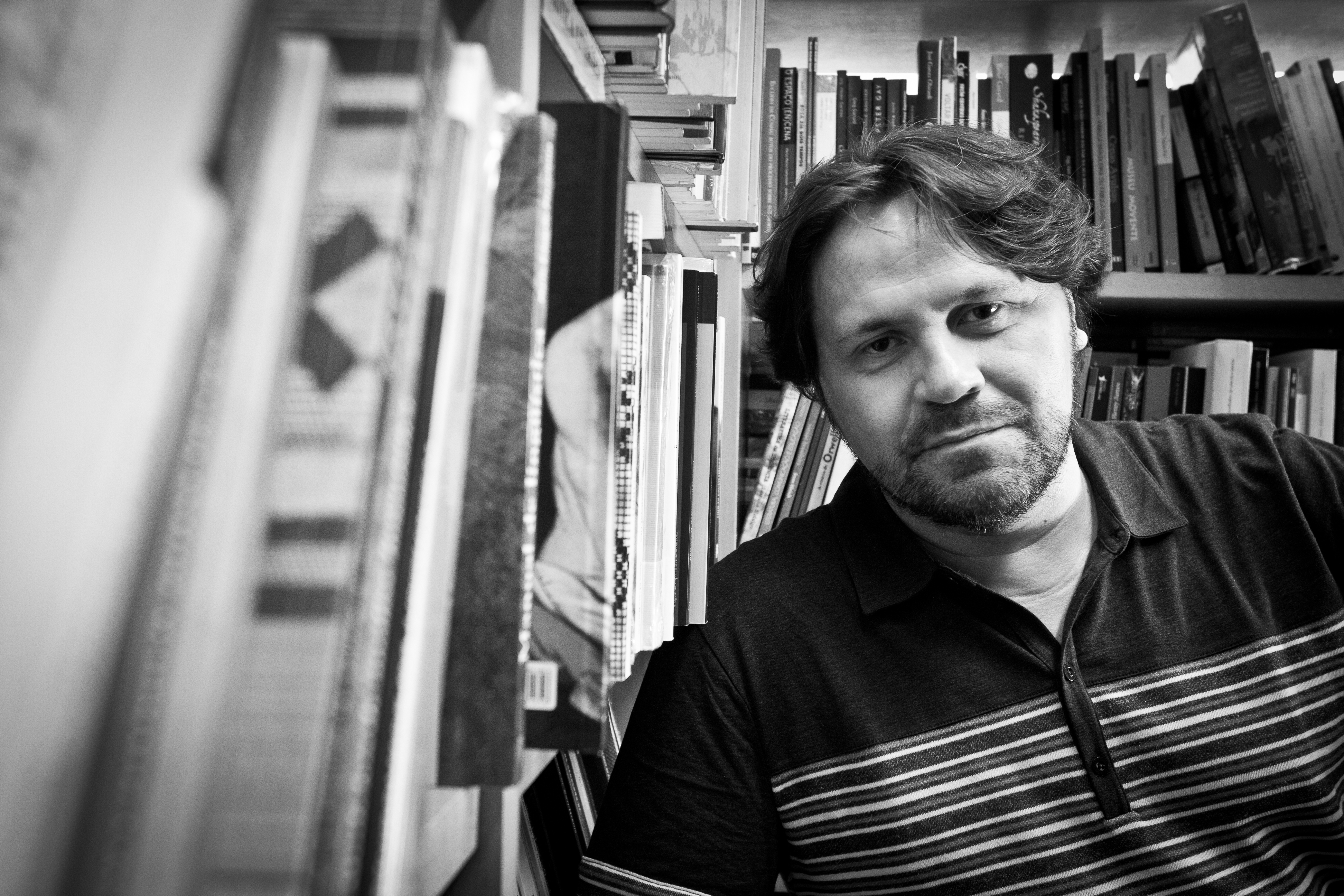 Balada Liter‡ria 2012 Marcelino Freire Local: Livraria da Vila Data: 02/12/2012 Foto: Mario Miranda Filho/Agncia Foto