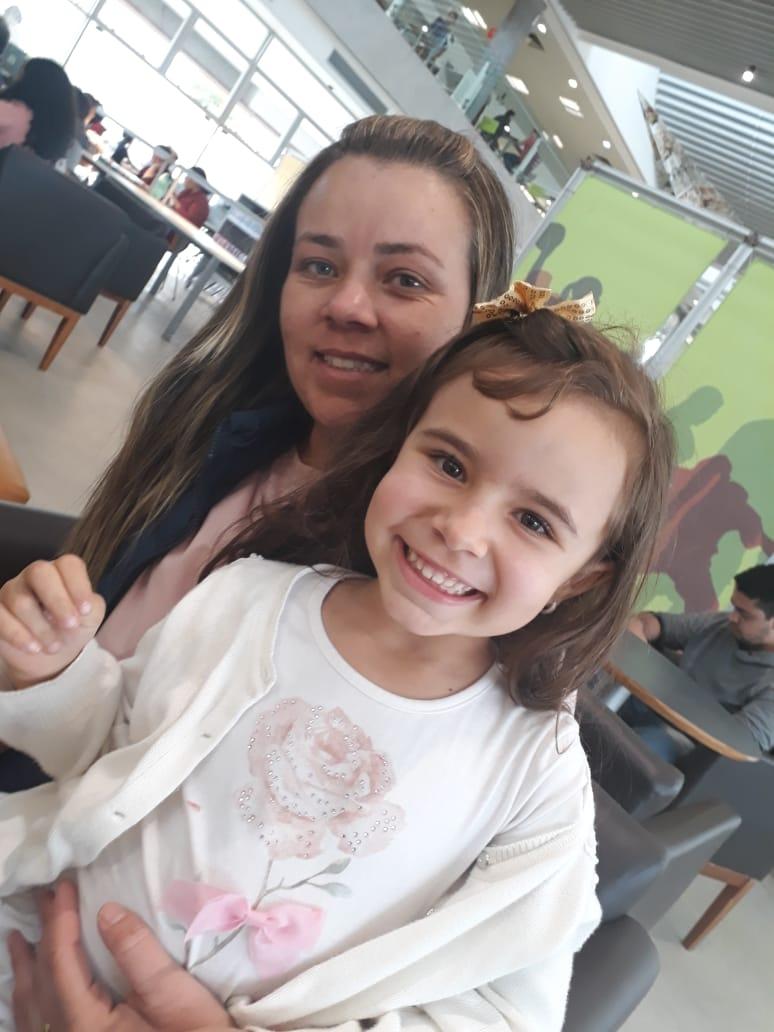 Joyce e Sofia. Foto: Equipe SP Leituras.