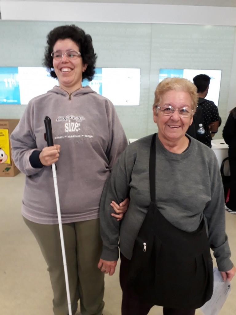 Sara e a mãe Creuza. Foto: Equipe SP Leituras.
