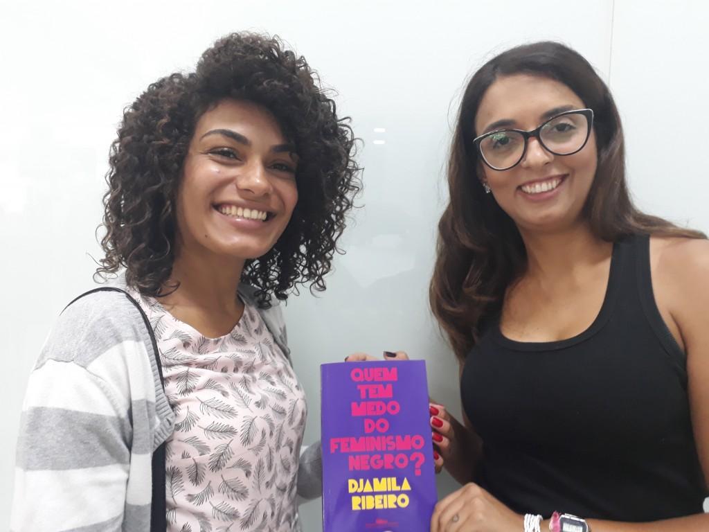 Mayra e Alessandra. Foto: Equipe SP Leituras.