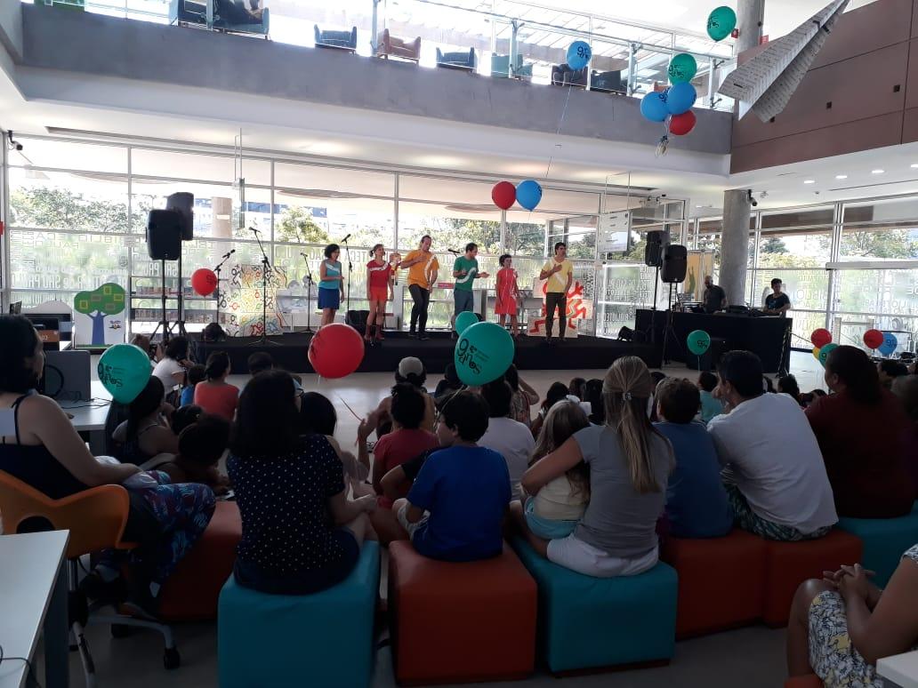 A aula-espetáculo Barbatuquices foi um sucesso! Foto: Equipe SP Leituras.