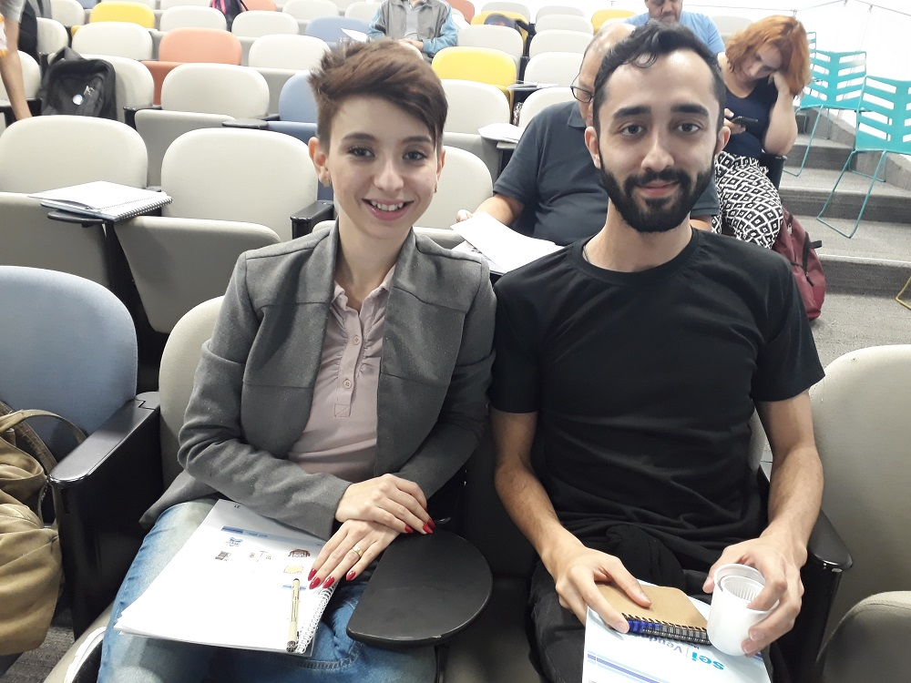 Fernanda Santana e Bruno Vigatto são da área de marketing digital. Foto: Equipe SP Leituras.