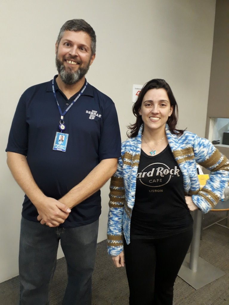 O analista de negócios Renato Gomes e a empreendedora Taciana Pororoka. Foto: Equipe SP Leituras.
