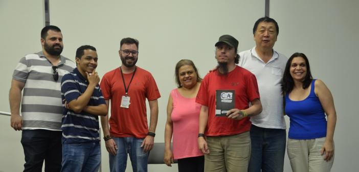 Clube de Leitura de setembro surpreende com presença do escritor