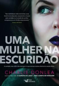 capa_uma_mulher_na_escuridao