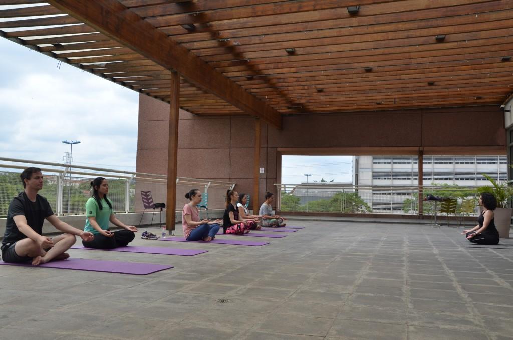 14.12 - Yoga - Equipe SPLeituras 3