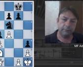 Aula online de xadrez da biblioteca reúne dicas de jogadas
