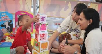 Programa Lê no Ninho estimula a leitura para crianças entre 6 meses e 4 anos. Foto: SP Leituras