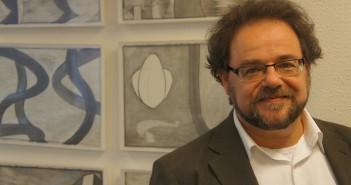 Escritor Bernardo Ajzenberg é o convidado do Segundas Intenções de julho