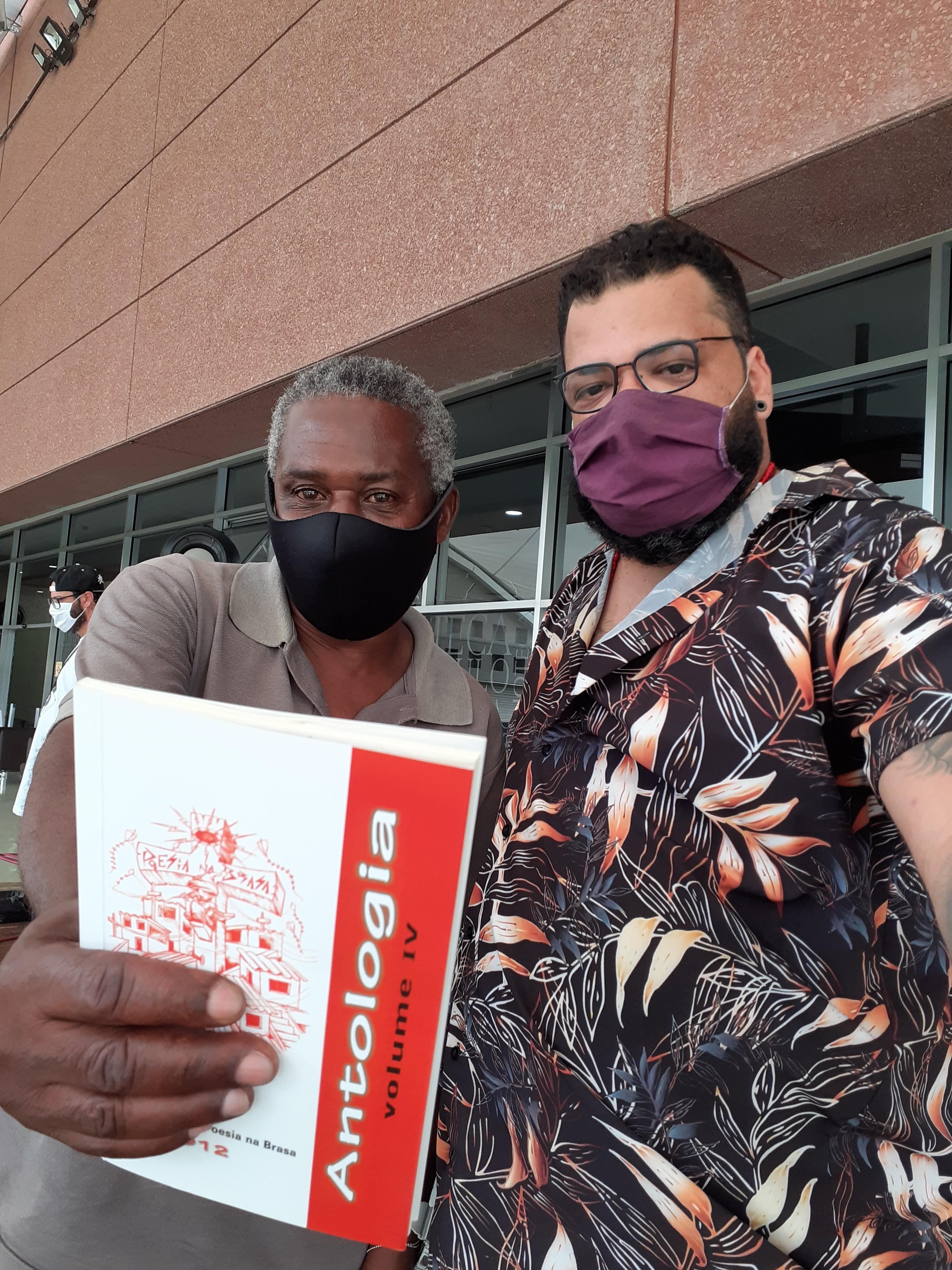 Osvaldo e Chelmi. Foto: Equipe SP Leituras.